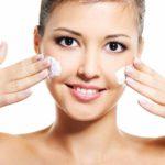 Уход за сухой кожей лица летом и зимой в домашних условиях