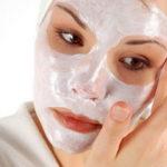 Маска из кефира для лица: как кисломолочные бактерии убирают прыщи и морщины