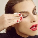 Какими должны быть натуральные средства для снятия макияжа